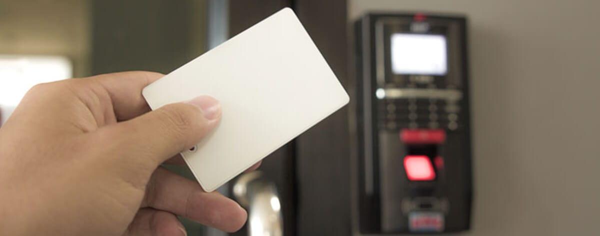 controle de acesso cartão magnético