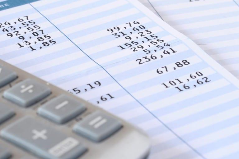 Descontos na folha de pagamento o que pode e qual o for Limite pagamento contanti 2017