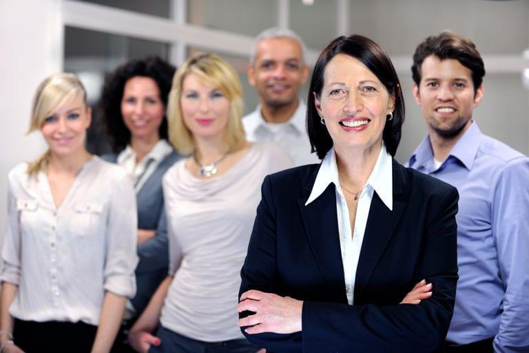 Número de mulheres em cargos de liderança tem aumentado