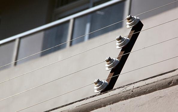 Cerca elétrica para condomínios, edifícios comerciais e empresas